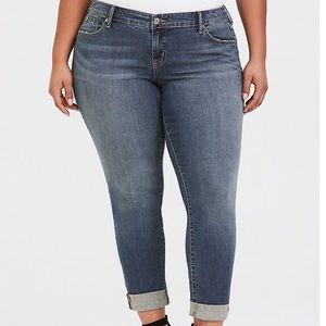 Torrid Denim jeans in boyfriend cut size 14 EUC